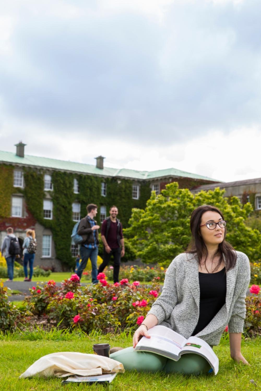 IRISH RETURN MIGRATION FROM AMERICA AT THE TURN